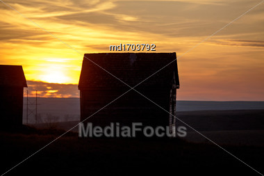Abandoned Buildings Saskatchewan Rural Countryside Scenic Canada Stock Photo