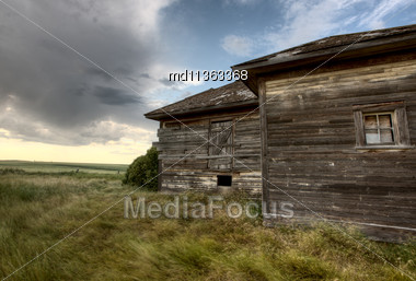Abandoned Farmhouse Saskatchewan Canada Sunset And Prairie View Stock Photo