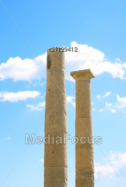 Apollo Temple Columns At Amathus, One Of The Most Ancient Royal Cities Of Cyprus, On The East Side Of Limassol.Its Age Is Almost 2000 Years Stock Photo