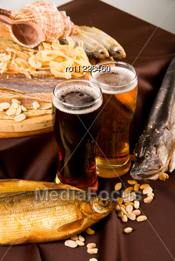 Beer And Snacks Set: Chips, Pistachio, Shrimp And Fish Stock Photo