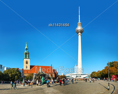 BERLIN - OCTOBER 3, 2014: Alexanderplatz On A Sunny Day On October 3, 2014 In Berlin, Germany. It's A Large Public Square And Transport Hub In The Central Mitte District Of Berlin, Near The Fernsehtur Stock Photo