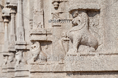 Carving On Hindu Temple, Hampi, India Stock Photo