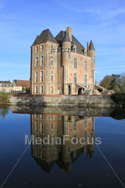 Castle With Its Moats, Its Park And Garden With Its Towers And Its Ancient Architecture Stock Photo