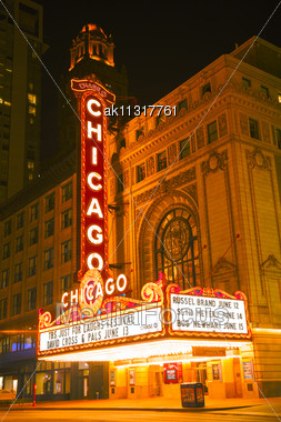 CHICAGO - MAY 20: Chicago Theather Neon Sign On May 20, 2013 In Chicago, IL. It'is A Landmark Theater Located On North State Street In The Loop Area Of Chicago Stock Photo