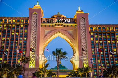 DUBAI, UAE - NOVEMBER 13: Atlantis Hotel On November 13, 2011 In Dubai, UAE. Atlantis The Palm Is A Luxury 5 Star Hotel Built On An Artificial Island Stock Photo