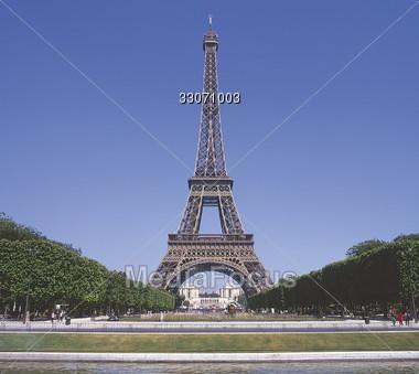 Eiffel Tower Pictures Tiff on Eiffel Tower Paris France   Stock Photo 33071003   Mediafocus