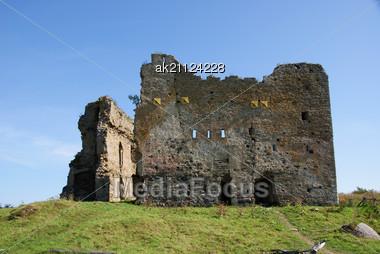 Estonia. Toolse. Ruins Of A Castle . 1471. Earlier Tolsburg Or Vredeborch Stock Photo