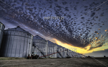 Grain Elevator Saskatchewan Blue Sky Storage Canada Stock Photo