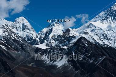 Himalaya Peaks: Pumori, Changtse, Nirekha And Side Of Everest. Travel To Nepal Stock Photo