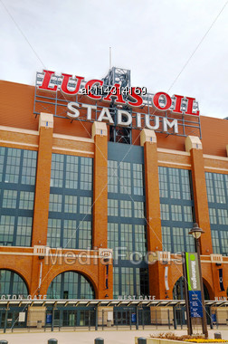 INDIANAPOLIS - APRIL 11: Lucas Oil Stadium On April 11, 2014 In Indianapolis, Indiana. It's A Multi-purpose Stadium In Downtown Indianapolis Officially Opened To The Public On August 16, 2008 Stock Photo