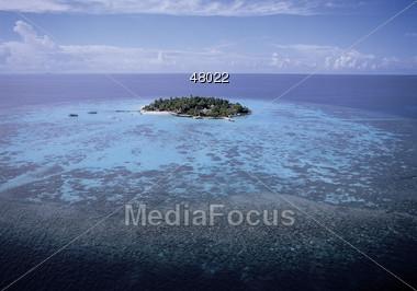 Island - Thulhagiri Stock Photo