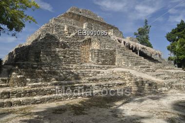 A Mayan temple at Chacchoben, near Costa Maya, mexico Stock Photo