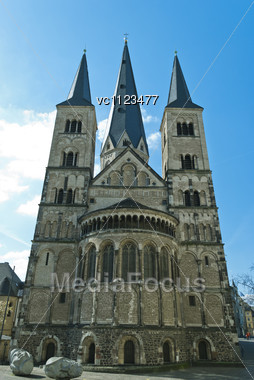Minster, One Of The Oldest Churches In Germany, Emblem Of The City Of Bonn Stock Photo