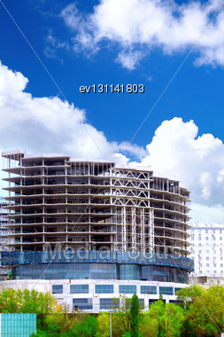 Modern Building Under Construction In Downtown Stock Photo