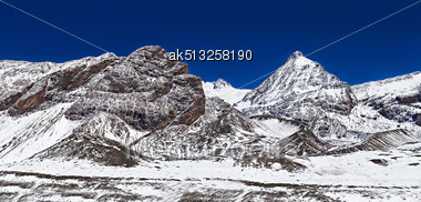 Mountains Around Tilicho Lake In Himalaya, Annapurna Region, Nepal Stock Photo