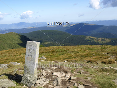 Old Border Sign (1920) Of Czechoslovakia And Poland In Carpatian Mountains Stock Photo
