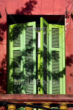 Old Yellow Little Terrace Green Venetian Blind And Roof In The Centre Of Buenos Aires La Boca Argentina Stock Photo