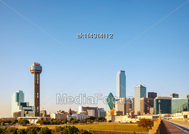 Overview Of Downtown Dallas In The Evening Stock Photo