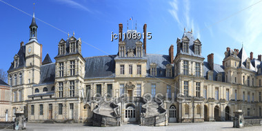 Panoramic View Of The Castle Of Fontainebleau And Its Staircase Stock Photo