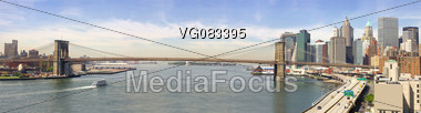 panoramic view of new york city brooklyn bridge in the morning Stock Photo