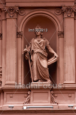 Pink Marble Statue Of A Women In The Monument Casa Rosada Center Buenos Aires Argentina Stock Photo