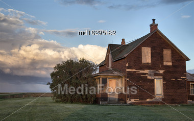 Prairie Scene Abandoned House In Saskatchewan Canada Stock Photo
