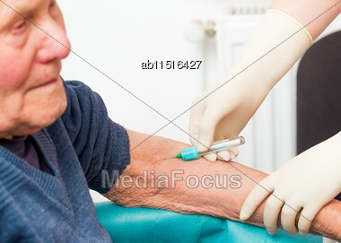 Preventing Sudden Death By Monitoring Blood Clotting With Simple Tests Stock Photo