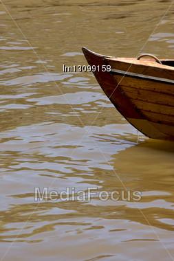 Prow Boat Water And Coastline In Rio De La Plata El Tigre Buenos Aires Argentina Stock Photo
