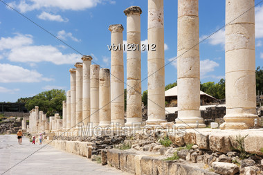 Ruins Of The Ancient Roman City Bet Shean, Israel Stock Photo