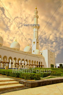 Sheikh Zayed Mosque In Abu Dhabi City Stock Photo
