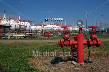 Storage Tanks For Liquid Petroleum Gas (LPG Stock Photo