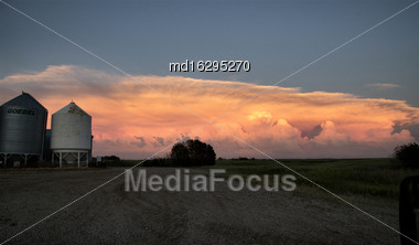 Storm Clouds Saskatchewan Prairie Scene Anvil Cloud Stock Photo