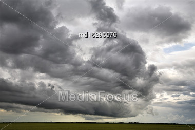Storm Clouds Saskatchewan Shelf Cloud Ominous Warning Stock Photo