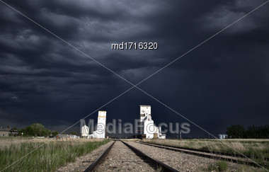 Storm Over Grrain Elevator In Saskatchewan Canada Stock Photo
