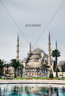Sultan Ahmed Mosque (Blue Mosque) In Istanbul In The Morning Stock Photo