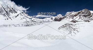 Tilicho Lake In The Himalayan Mountains, Annapurna Region, Nepal Stock Photo