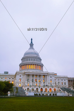 United States Capitol Building In Washington, DC In The Evening Stock Photo