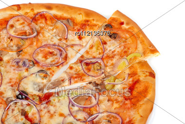 Vegetable Pizza Closeup With Tomato, Bulgarian Pepper, Onion, Olive, Champignons And Mozzarella Cheese Stock Photo