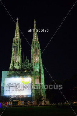 VIENNA - OCTOBER 07: The Votive Church On October 07, 2012 In Vienna, Austria. It's A Neo-Gothic Church Located On The Ringstraße Built In 1853 To Thank God For Saving The Emperor Franz Joseph Life. Stock Photo
