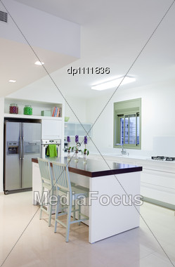 White Luxury Kitchen In A New Modern Home Stock Photo