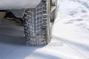 Winter Tyres In Extreme Cold Temperature Stock Photo